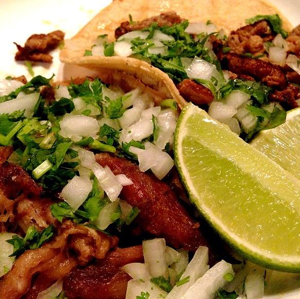 J Roncilli_Foodspotting_Juanitas tacos